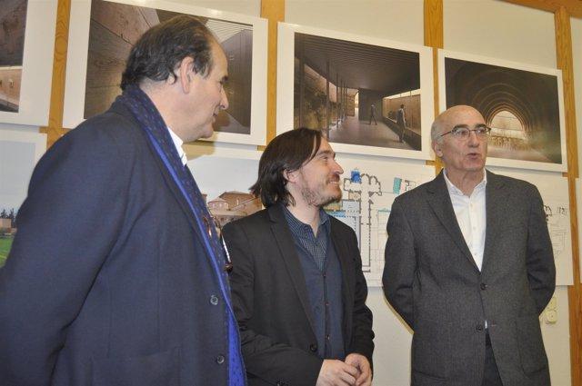 El director general de Cultura, Nacho Escuín, con Pemán y Franco.