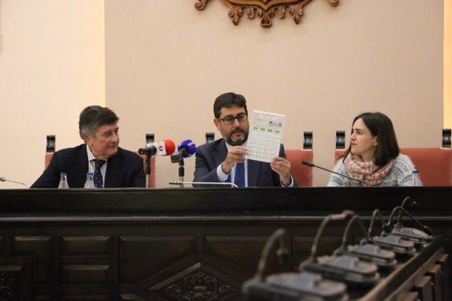 Acuerdo entre farmacéuticos y Ayuntamiento de Utrera