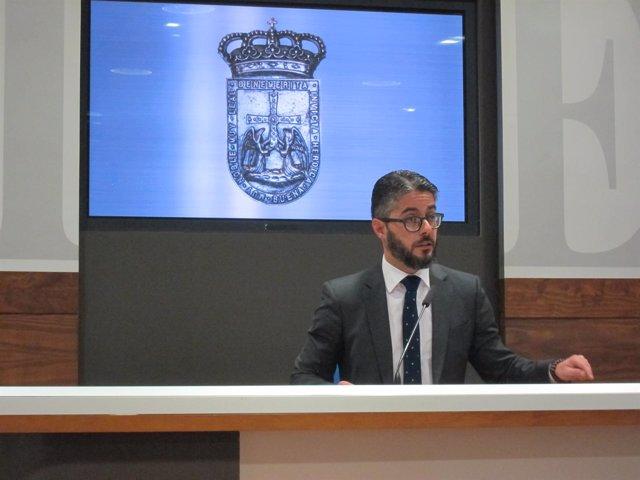 El portavoz adjunto del PP en el Ayuntamiento de Oviedo, Gerardo Antuña