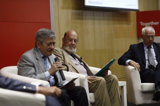 Los expresidentes del Parlamento Europeo Josep Borrell, Gil Robles y Barón