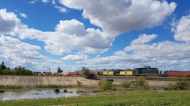 Arrance la conexión ferroviaria Sevilla-Sines
