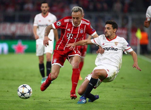 Jesús Navas en el Bayern-Sevilla