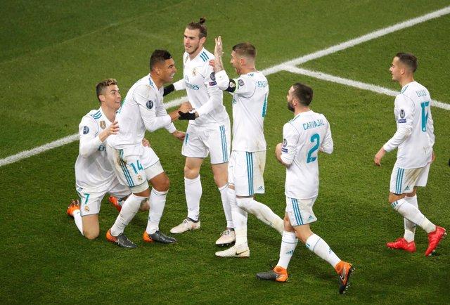 El Real Madrid se mete en cuartos en París