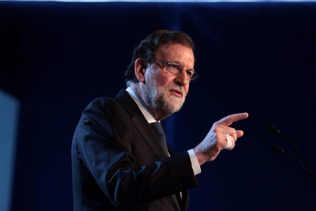 Mariano Rajoy en la convención del PP en Sevilla el 8 de abril de 2018