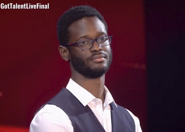 El Poeta César Brandon Justo Vencedor De Got Talent