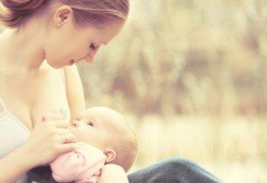La OMS y UNICEF lanzan una guía para aumentar la lactancia en los centros de salud (EVGENYATAMANENKO - Archivo)
