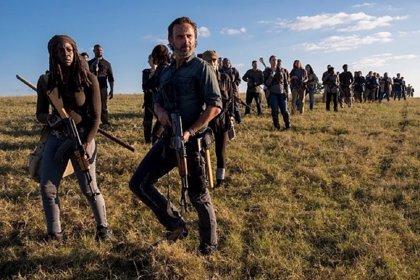 """The Walking Dead: Scott M. Gimple promete """"cosas increíblemente locas"""" en el final de la 8ª temporada"""