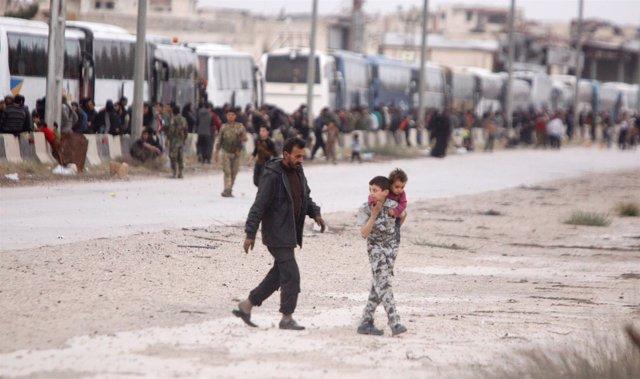 Evacuación en Harasta, en Ghuta Oriental