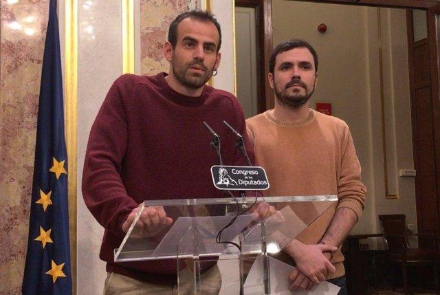 El diputado de IU Miguel Ángel Bustamante y el líder de IU, Alberto Garzón