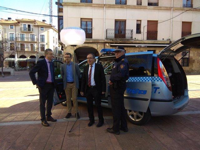 Nueva furgoneta de la Policía Local de Torrelavega