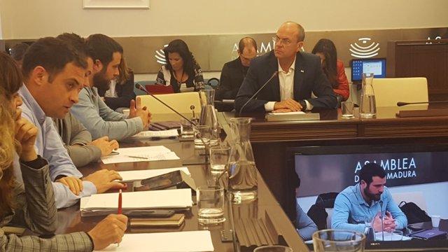 Monago en su comparecencia en la comisión de investigación de la Asamblea