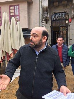 Agustín Iglesias Caunedo, portavoz del PP en el Ayuntamiento de Oviedo