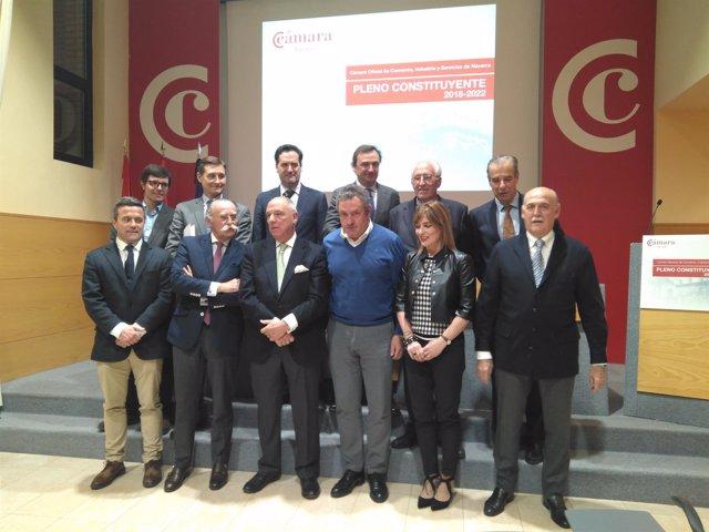 Taberna junto al nuevo comité ejecutivo de la Cámara Navarra de Comercio