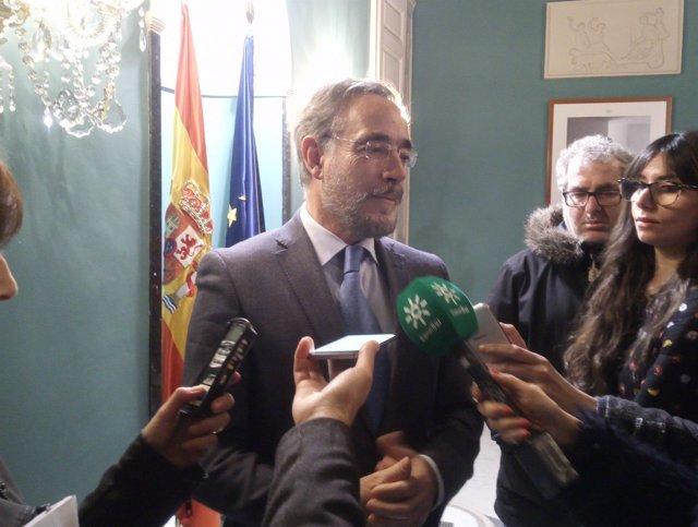 El consejero de Fomento, Felipe López, en Madrid