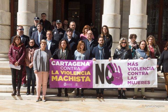 ARROYO Y CASTEJÓN EN MINUTO SILENCION CARTAGENA