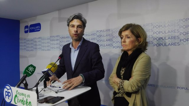 Lorite y Botella en la sede del PP de Córdoba