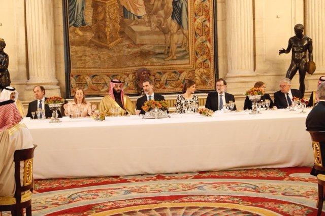 Comida en el Palacio Real en honor del heredero saudí, Mohamed bin Salm