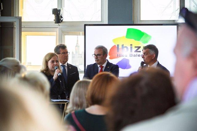 Promoción de Ibiza en el mercado de Moscú