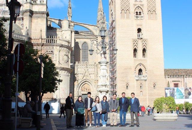 Visita de turoperadores japoneses a Sevilla