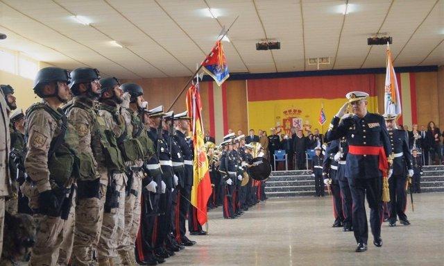 El Geproar pasa revista a las tropas tras el acto en San Fernando