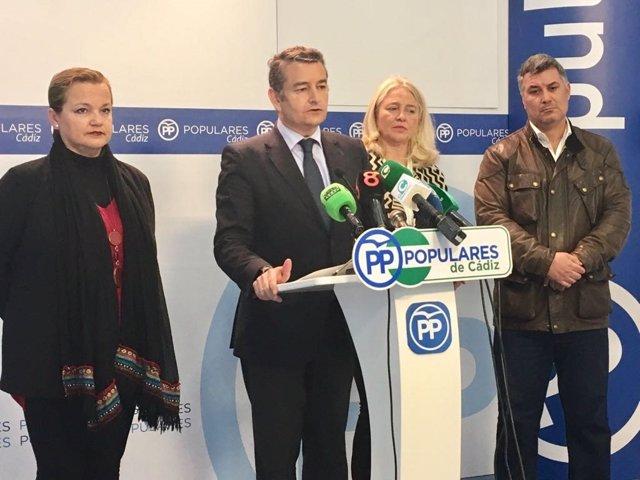 Antonio Sanz en rueda de prensa en la sede del PP de Cádiz