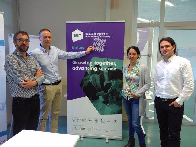 Aitor Mugarza (ICN2),Diego Peña (CiQUS),Aran García-Lekue(DIPC) y C.Moreno (DIPC