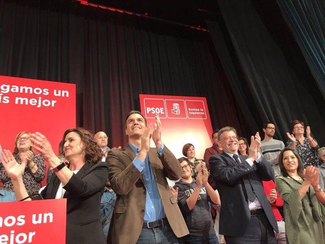 Sánchez, junto a Puig en el acto en Alzira