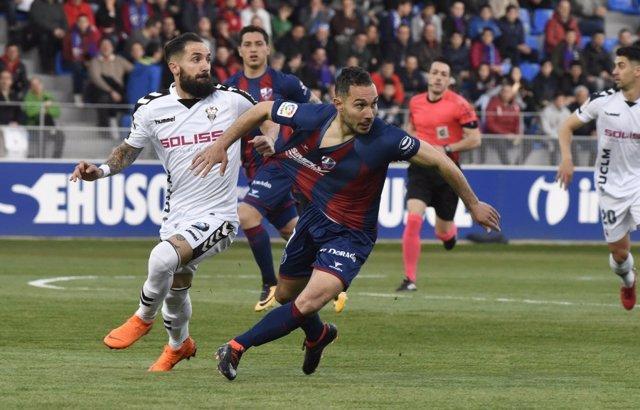 Huesca y Albacete empatan