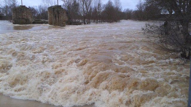 Imagen de uno de los ríos en alerta 13/04/2018