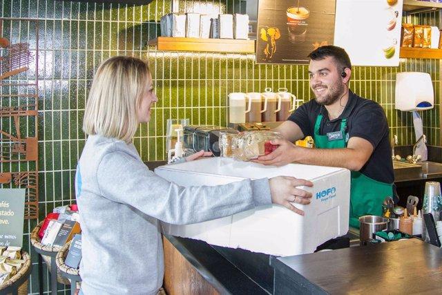 Starbucks colabora con Hope Food y weSAVEeat para aprovechar el excedente de ali