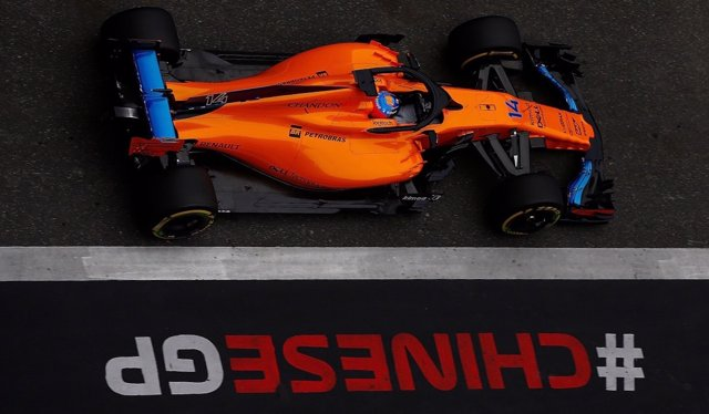 Fernando Alonso (McLaren) en China
