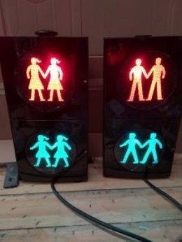 El semáforo inclusivo que se instalará en Canovelles