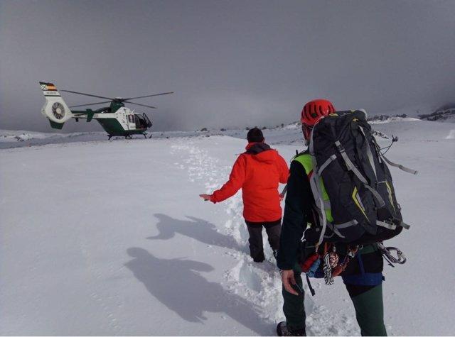 Rescate del senderista que estaba desaparecido en la Sierra de Segura.