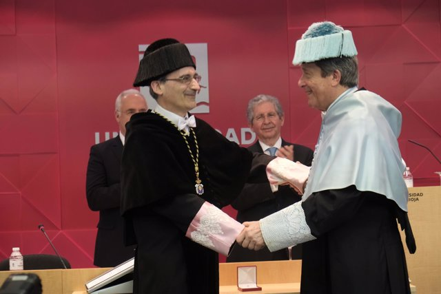 Nombramiento Mayor Zaragoza como Doctor Honoris Causa