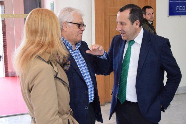 Ruiz Espejo en una reunión en la UMA