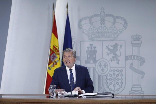 Rueda de prensa del portavoz del Gobierno, Iñigo Méndez de Vigo, tras el Consejo