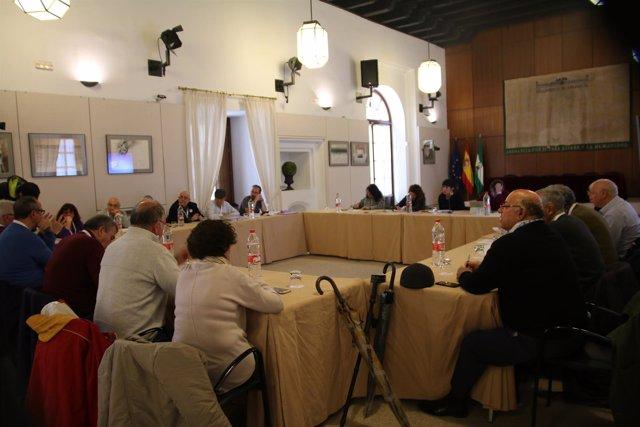 Reunión de Podemos en el Parlamento