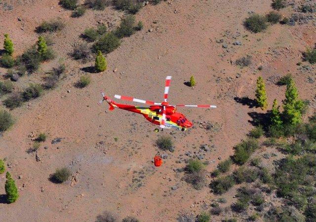 Helicóptero para luchar contra los incendios