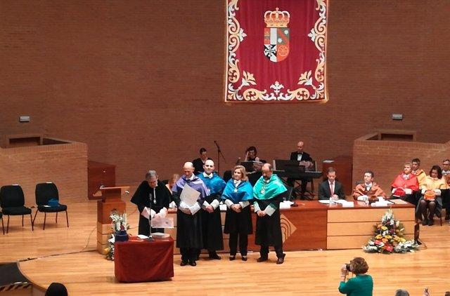 Rector en acto Honoris Causa a Juan Carlos Izpisúa
