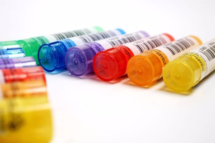IU pide a Sanidad que explique en el Congreso la regulación de los productos homeopáticos