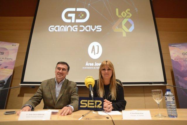 Presentación torremolinos gamings days Prisa Radio Beberide y Blanes concejala