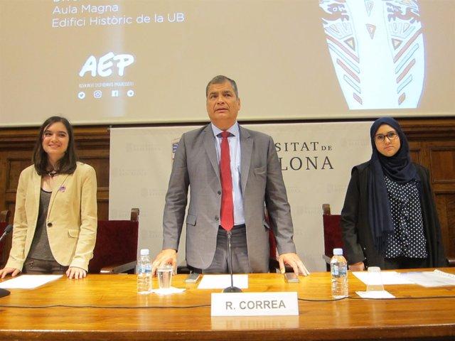 El expresidente del Ecuador, Rafael Correa, en una conferencia en Barcelona