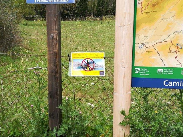 Señal prohibido el paso en la Serra de Tramuntana