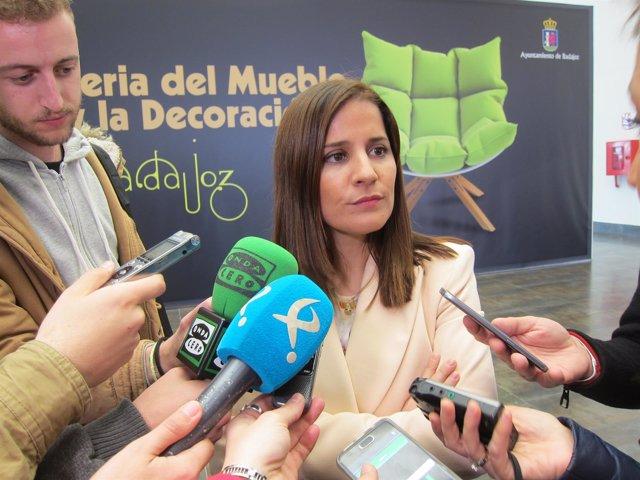 Gil Rosiña atiende a los periodistas en Badajoz