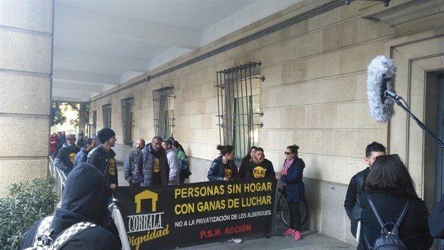 Concentración en defensa de los encarcelados.