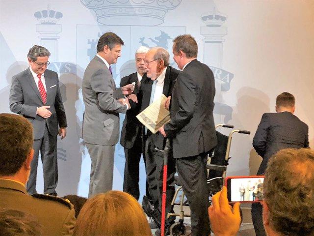 Delegado del Gobierno en Catalunya Enric Millo, ministro Rafael Catalá