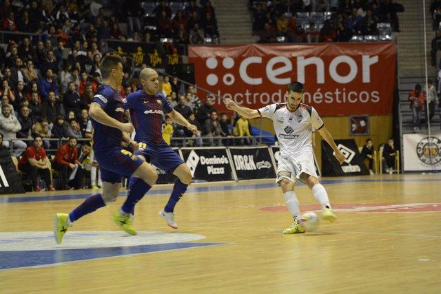 Barça Lassa ante Santiago Futsal