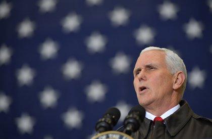 Pence anuncia que EEUU entregará cerca de trece millones de euros en ayuda a migrantes venezolanos