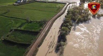 """La cresta de la crecida del Ebro pasa por Novillas """"sin problemas"""""""