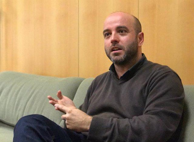 El portavoz de En Marea, Luís Villares, en una entrevista con Europa Press